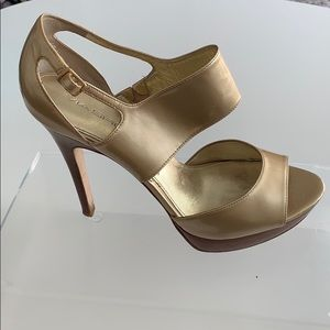 Via Spiga Gold Heels